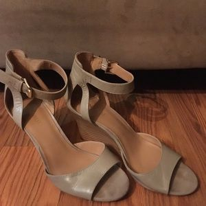 Comfortable leather wedge sandals.